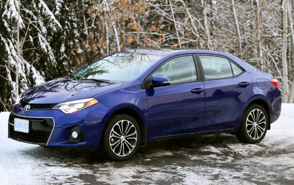 2018-toyota-corolla-s-review-and-price-united-states-2