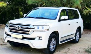 2018 Toyota Land Cruiser Preview and Price