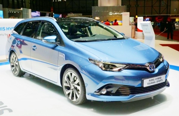 2019 toyota auris review hybrid toyota cars models. Black Bedroom Furniture Sets. Home Design Ideas