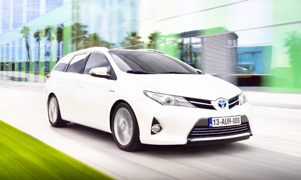 2019 Toyota Auris Touring Sports Review
