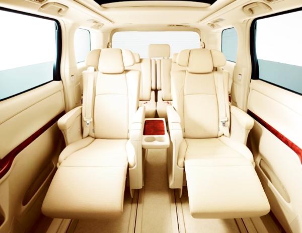 2019 Toyota Alphard Review