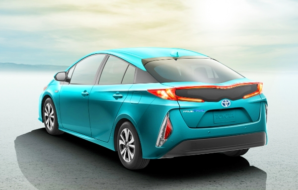 2019 Toyota Prius Plug-in Hybrid Review and Price