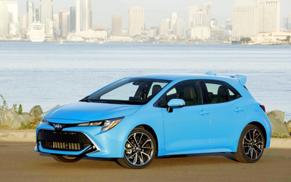 2019 toyota corolla xse 6 speed review toyota cars models. Black Bedroom Furniture Sets. Home Design Ideas