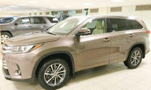 2020 Toyota Highlander Hybrid Review Canada