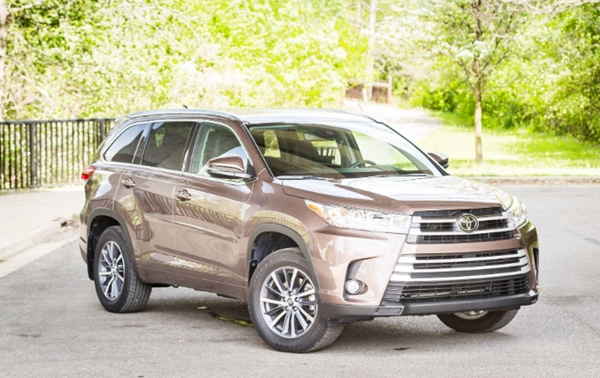 2020 Toyota Highlander Hybrid Limited Platinum Review
