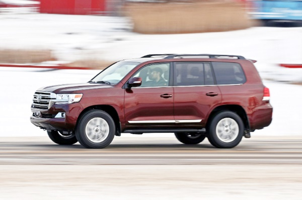 2020 Toyota Land Cruiser Canada Review